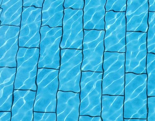プールの底のタイルの画像